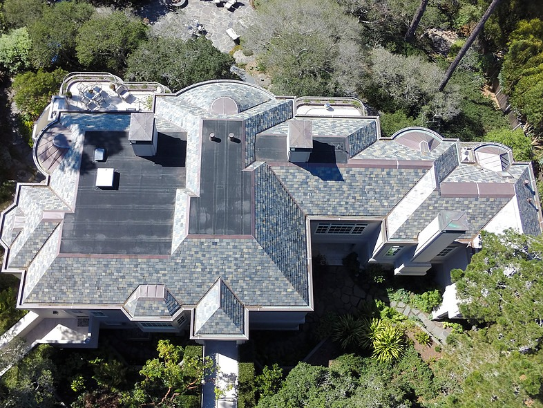 Akers Residence, Pebble BeachHyload high performance roof system at flat roofs
