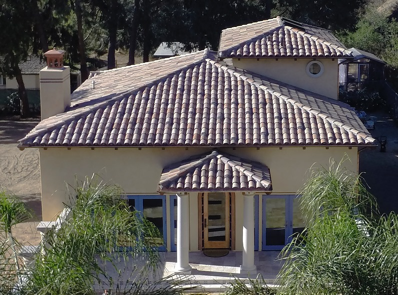King ResidenceUS Tile two-piece clay tile; color blend and custom layup style