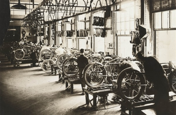 Indian in the Vintagent Assembly - 1918 WWI