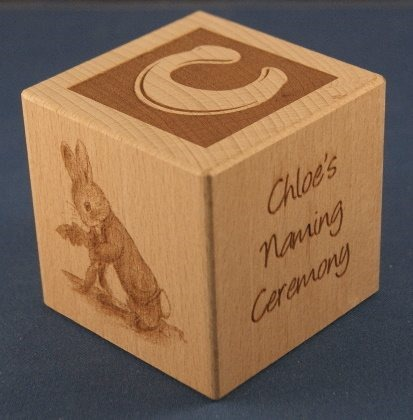 Engraved wooden cubes 01