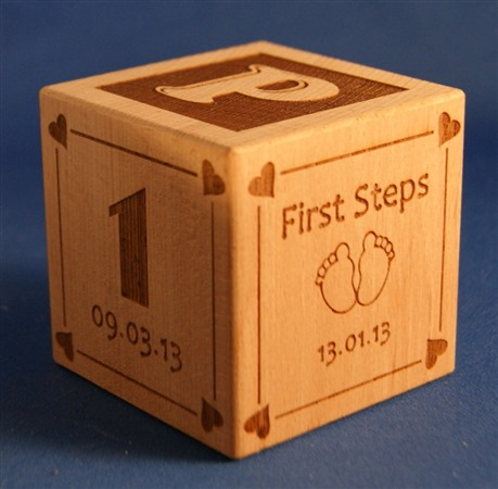 Engraved wooden cubes 41