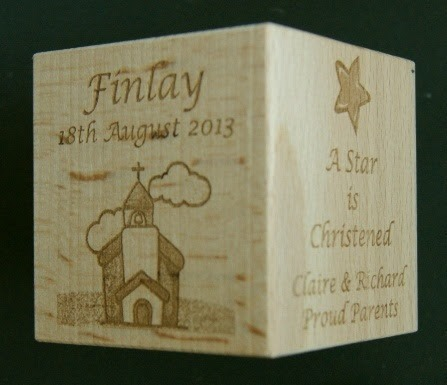 Engraved wooden cubes 77