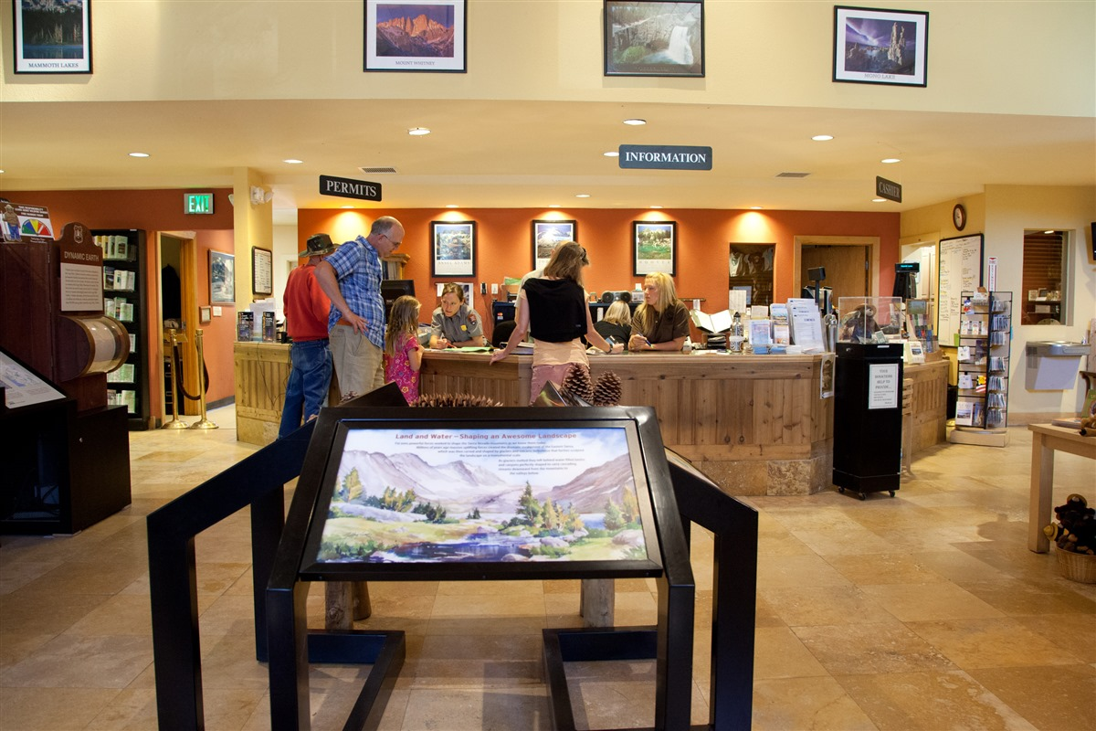 Mammoth Lakes Trail System | Welcome Center and Ranger Station