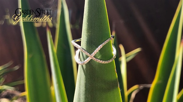 x_diamond_ring